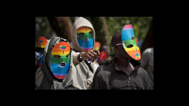 Uganda, ministro Sanità: Nessuna dicriminazione su cure mediche ai gay