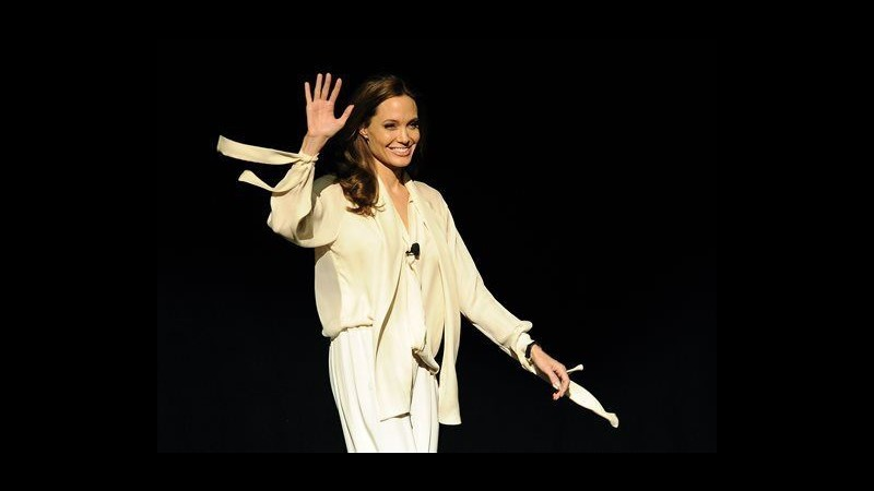 CinemaCon, Angelina Jolie: Mia nuova regia 'Unbroken' su atleta Zamperini