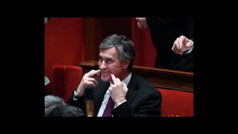 Francia, indagine su ministro per presunto conto segreto in Svizzera