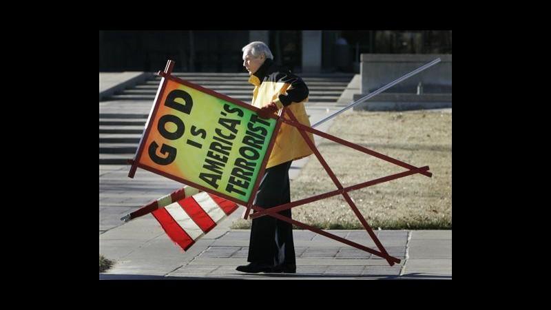 Usa, è morto il pastore Fred Phelps: predicava odio contro gay