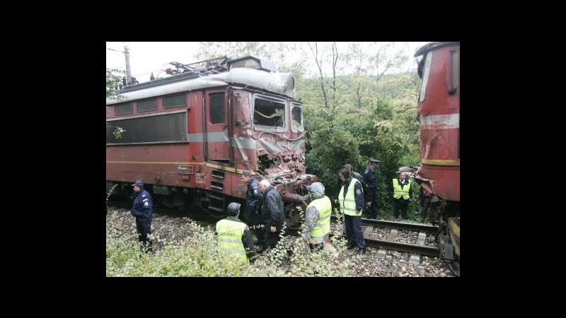 Turchia, treno passeggeri si scontra con convoglio merci: 8 feriti