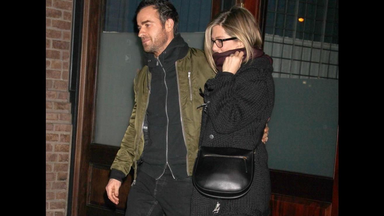 Jennifer Aniston con Justin Theroux, spunta l'anello. Nozze imminenti?