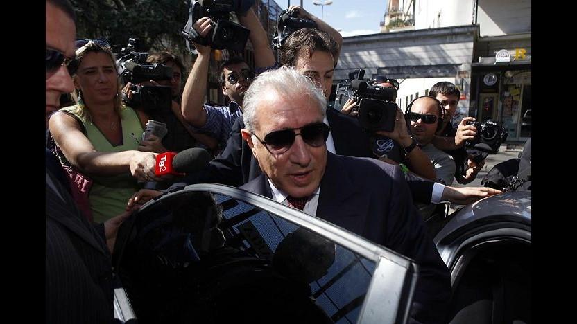 Dell'Utri, il legale: Non lo vedo da settimane, ultima volta a Milano