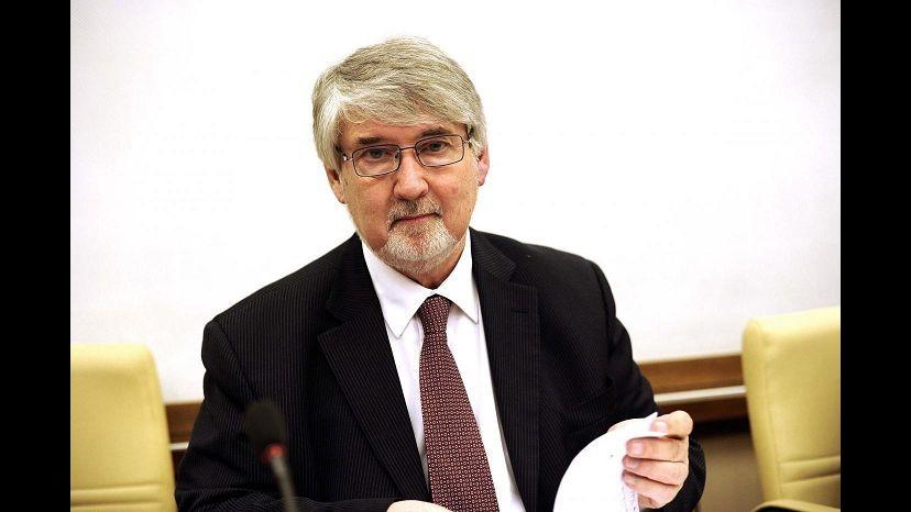 Lavoro, Poletti: Indennità disoccupazione in legge delega entro 6 mesi