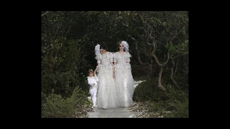 Parigi haute couture, Lagerfeld supporta nozze gay in sfilata Chanel
