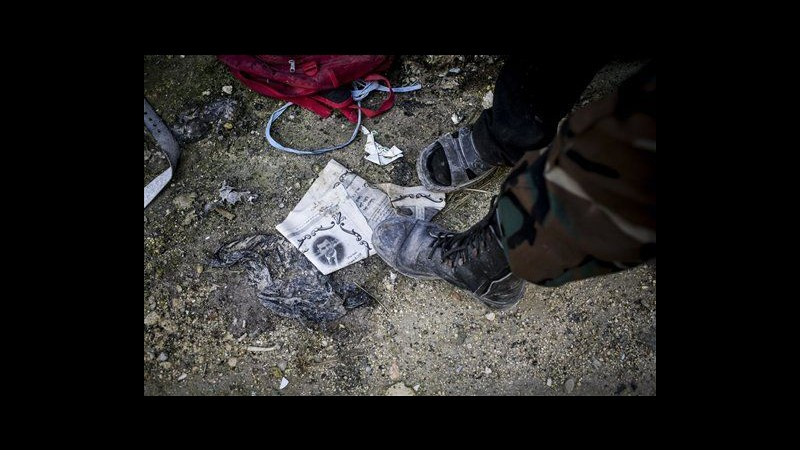 Siria, nuova strage di civili a Homs. Governo nega coinvolgimento