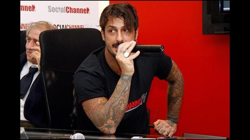 Nicolai Lilin legge tatuaggi di Fabrizio Corona: Turbato, non cattivo