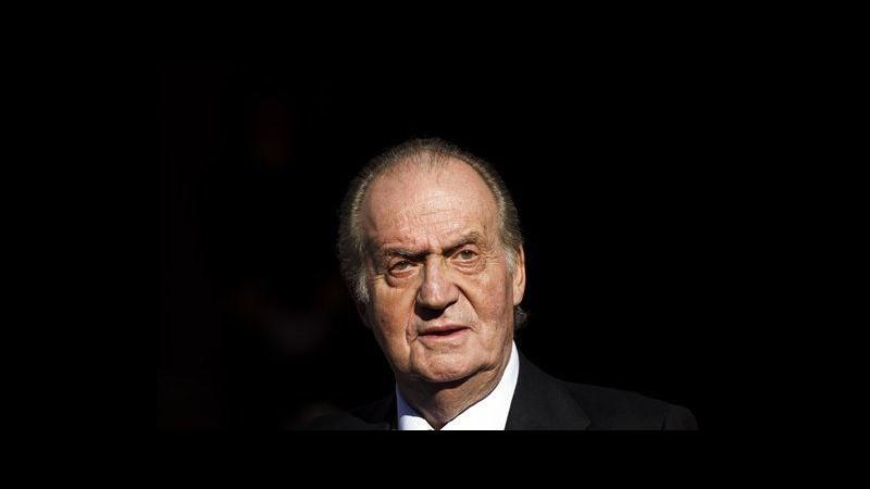 Spagna, re Juan Carlos sarà operato per ernia del disco il 3 marzo