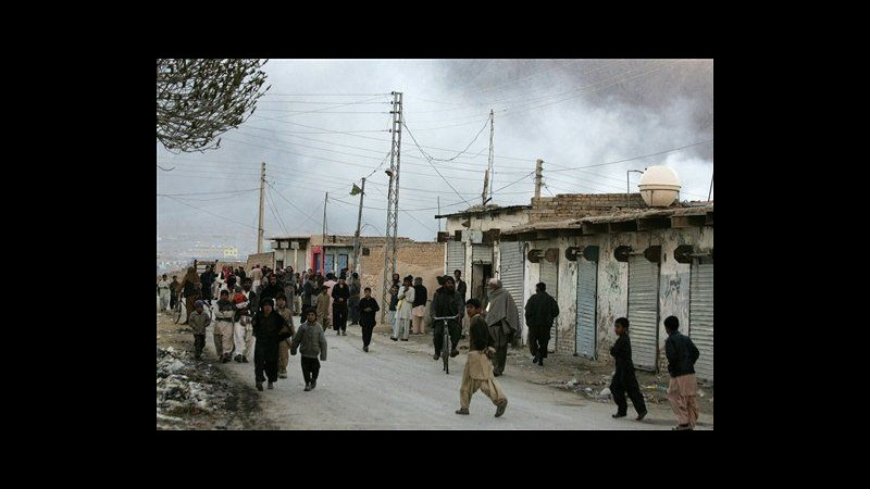 Pakistan, 81 morti in attentato Quetta. Sciiti annunciano proteste