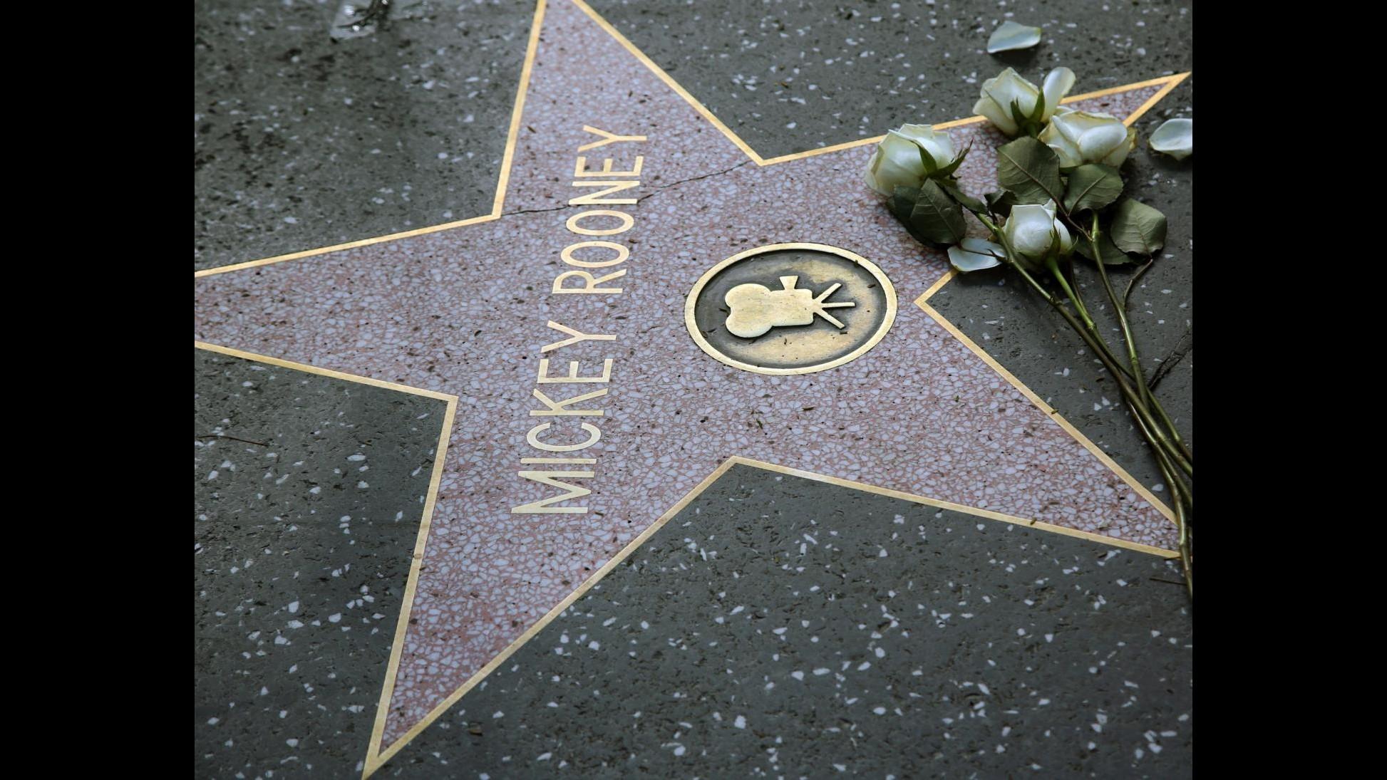 Mickey Rooney sarà sepolto a Hollywood nel cimitero delle star