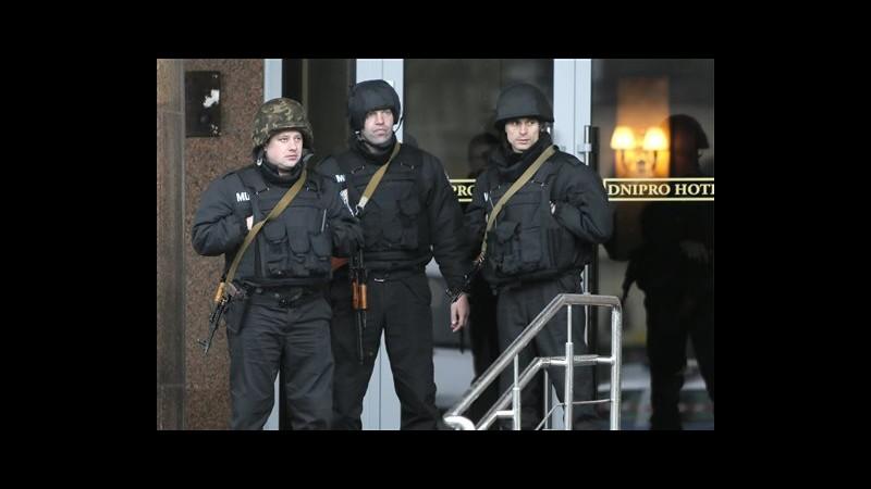 Ucraina, militanti Settore destro lasciano sede a Kiev senza armi