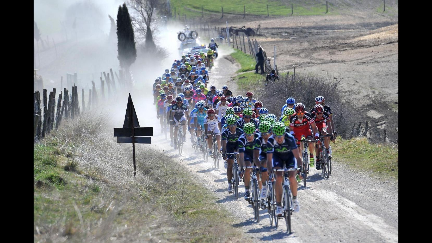 Strade Bianche, trionfa Moreno Moser davanti a Sagan