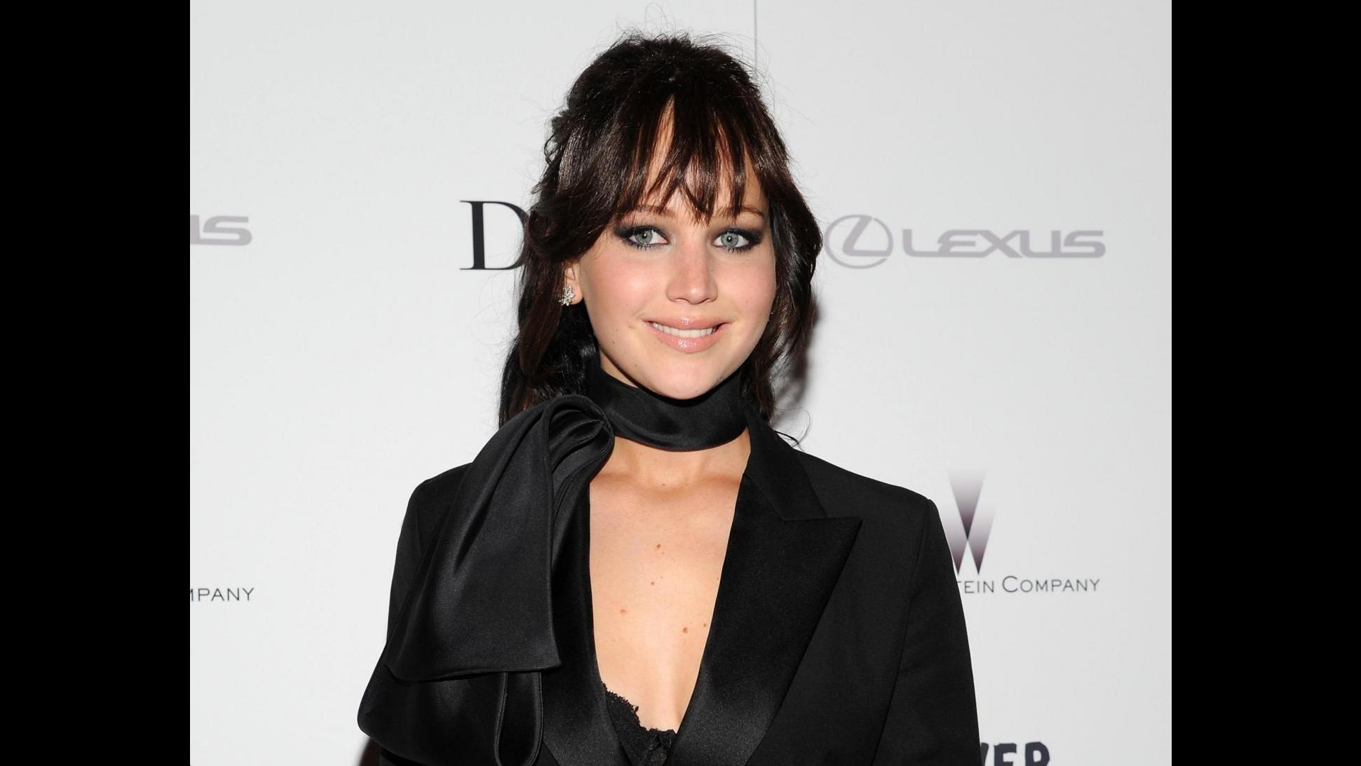 All'asta guardaroba di Jennifer Lawrence: raccoglie 12mila dollari