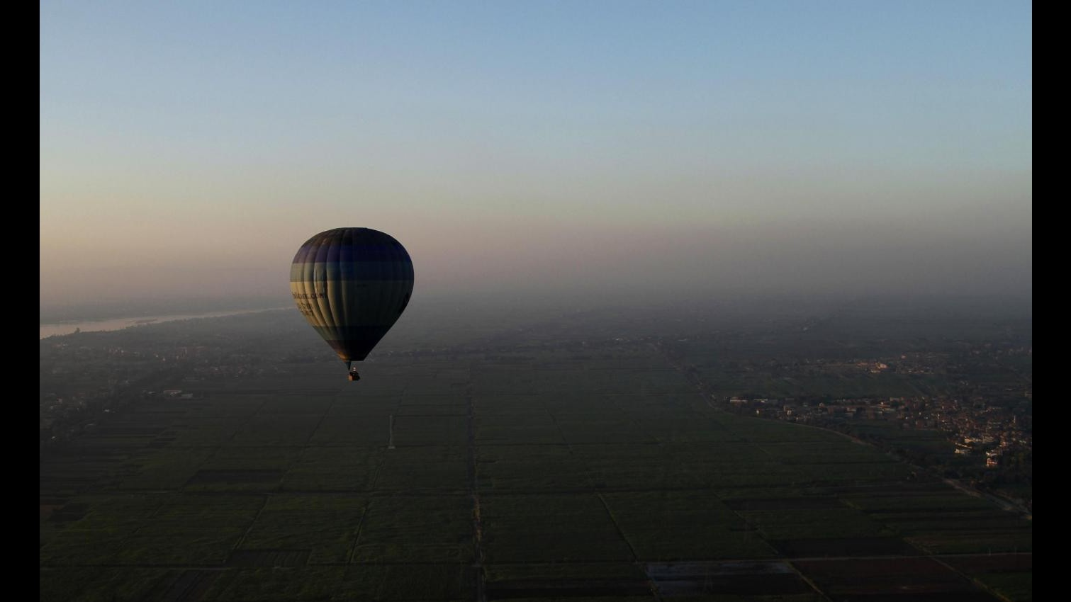 Egitto, mongolfiera si schianta a Luxor: morti 19 turisti stranieri