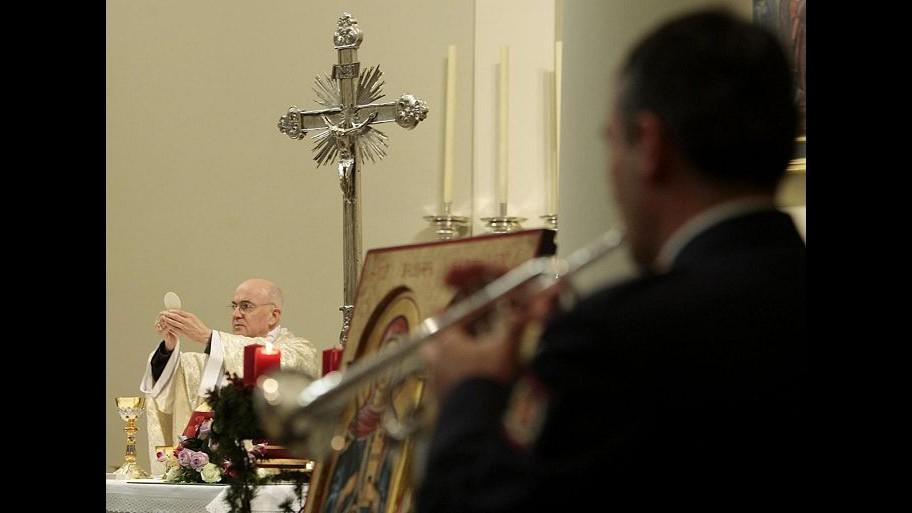 Vaticano, Lorenzo Viganò: Mio fratello Carlo Maria mentì a Ratzinger
