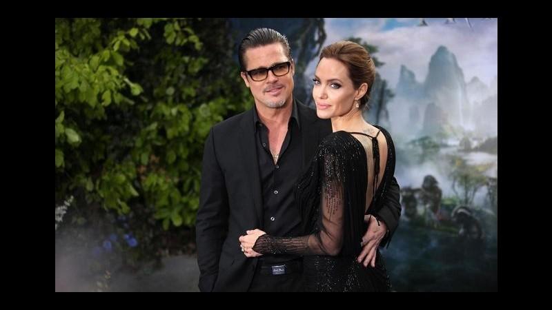Jolie a Londra pensa a donne rapite in Nigeria e a reunion con Pitt in film