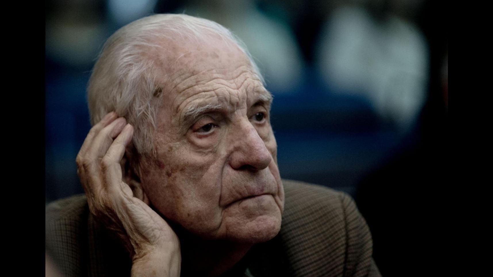 Argentina, ergastolo a ex dittatore Bignone per atrocità Campo de Mayo