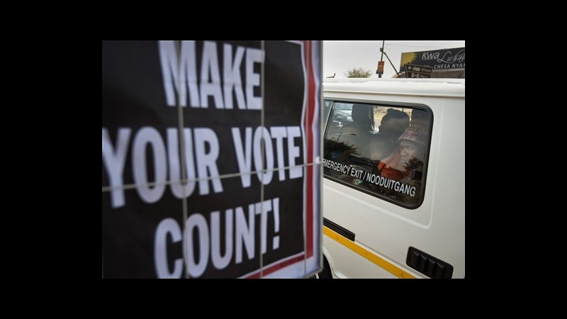 Sudafrica, aperti i seggi per le elezioni parlamentari: favorito Anc