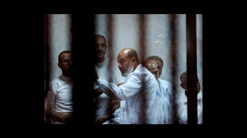 Egitto, un anno di carcere a leader salafita per insulti a giudici