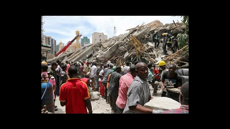 Tanzania, almeno 18 morti in crollo edificio a Dar es Salaam