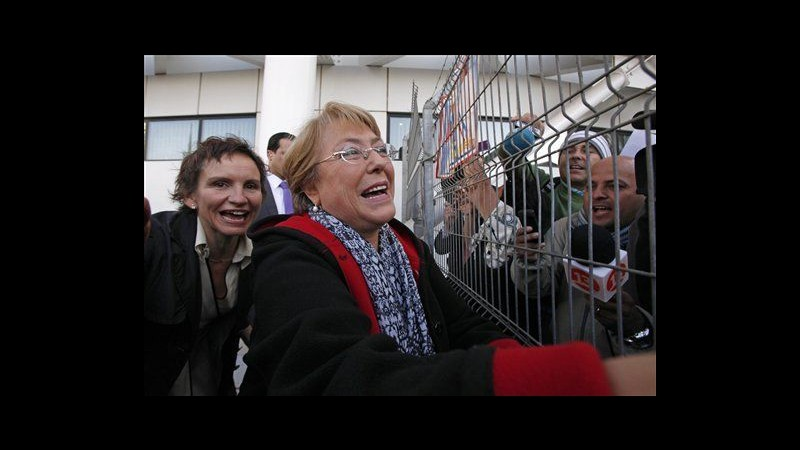 Cile, Michelle Bachelet annuncia: Mi candido alle presidenziali