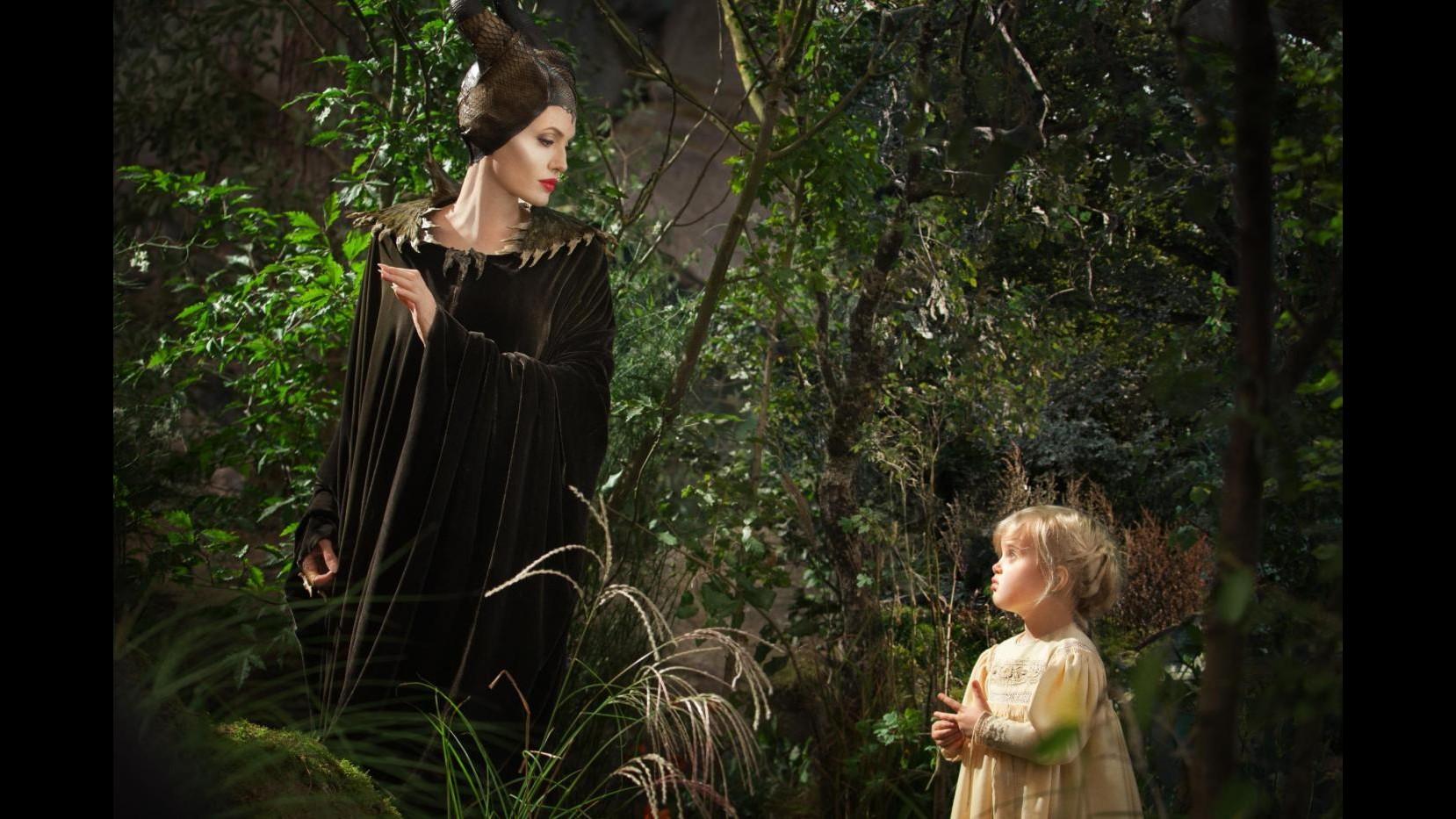 Angelina Jolie: Ho sempre amato Malefica, è forte e sa badare a se stessa