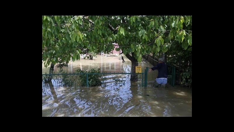 Maltempo, 34 morti nei Balcani, a rischio centrale elettrica in Serbia