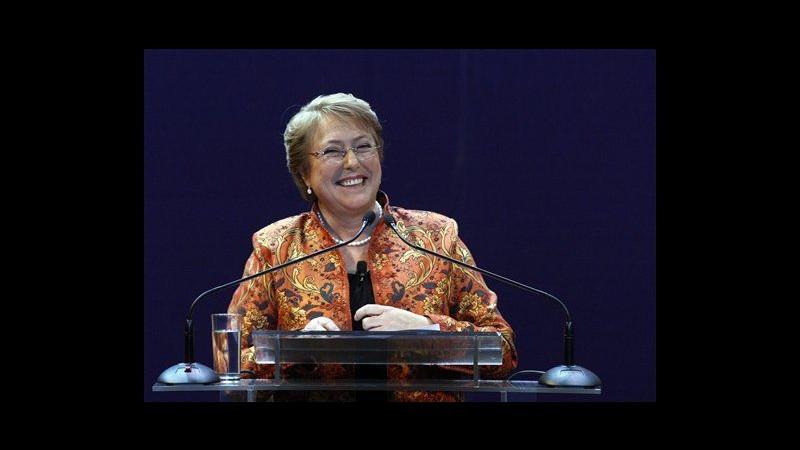 Cile, Bachelet lancia campagna rielezione: Combatterò disuguaglianza