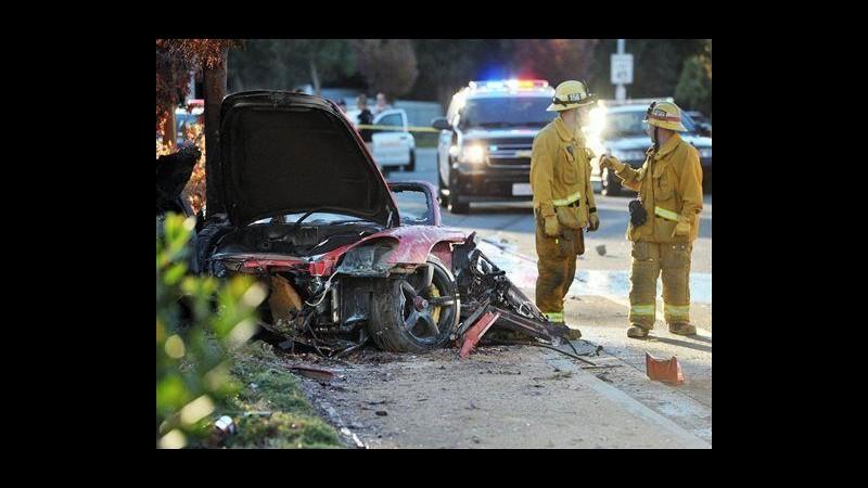 Paul Walker, vedova amico alla guida fa causa alla Porsche per incidente
