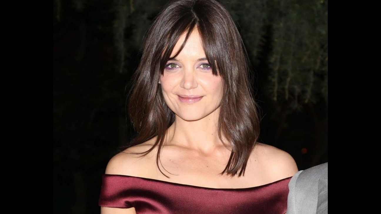 Cinema, Katie Holmes entra nel cast di biopic 'The Woman in gold'