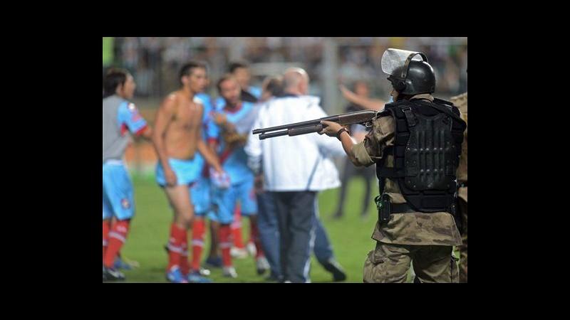 Libertadores, Ronaldinho trascina Mineiro. Maxi rissa finale