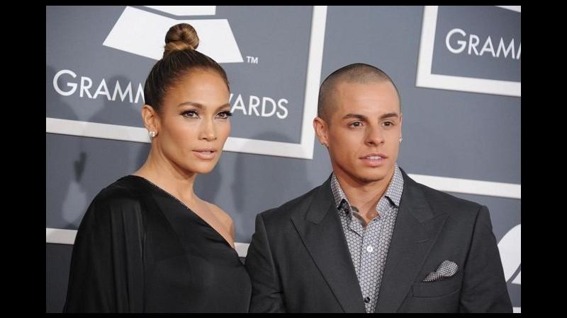 Jennifer Lopez si sente più sexy che mai grazie a ginnastica e amore