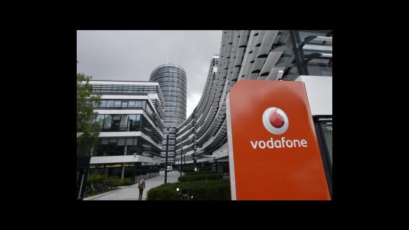 Vodafone: Per alcuni governi accesso diretto a comunicazioni. Italia il Paese con più richieste