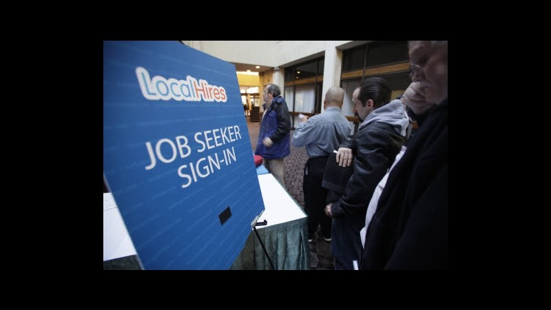 Usa, sussidi disoccupazione -4mila a 323mila, minimi dal 2008