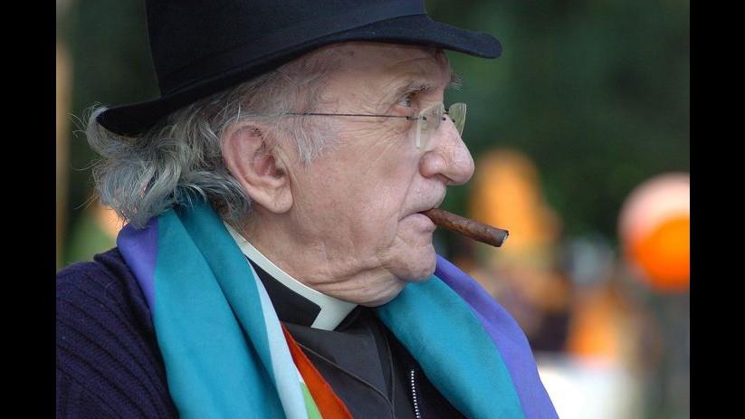 Addio a Don Gallo, era il prete degli ultimi