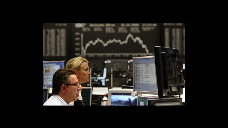 Borsa, Milano chiude in negativo, sprint Mediaset