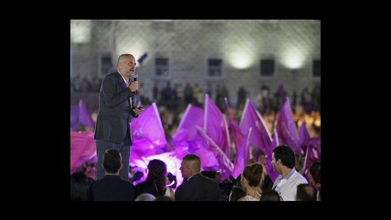 Albania, domani le elezioni parlamentari: è scontro Berisha-Rama