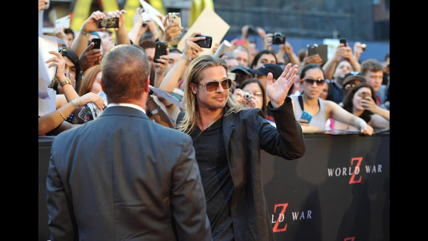 Folla in delirio a prima newyorkese di 'World war Z' con Brad Pitt