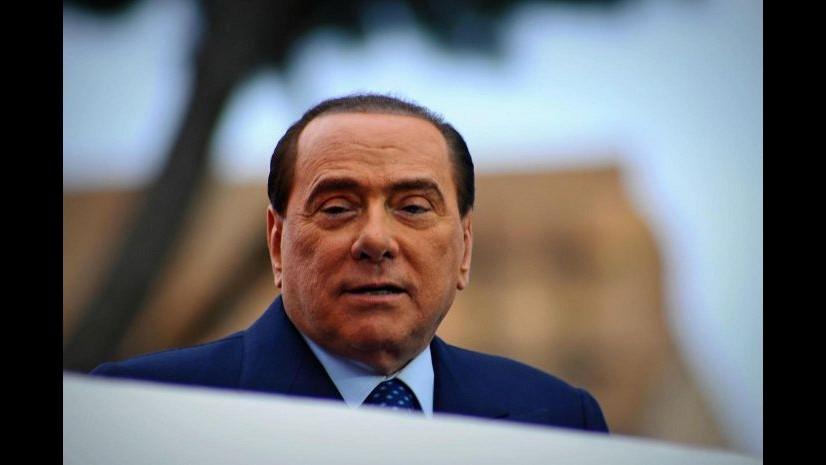Berlusconi: Governo dica a Ue che sforeremo patto, no a limite 3%