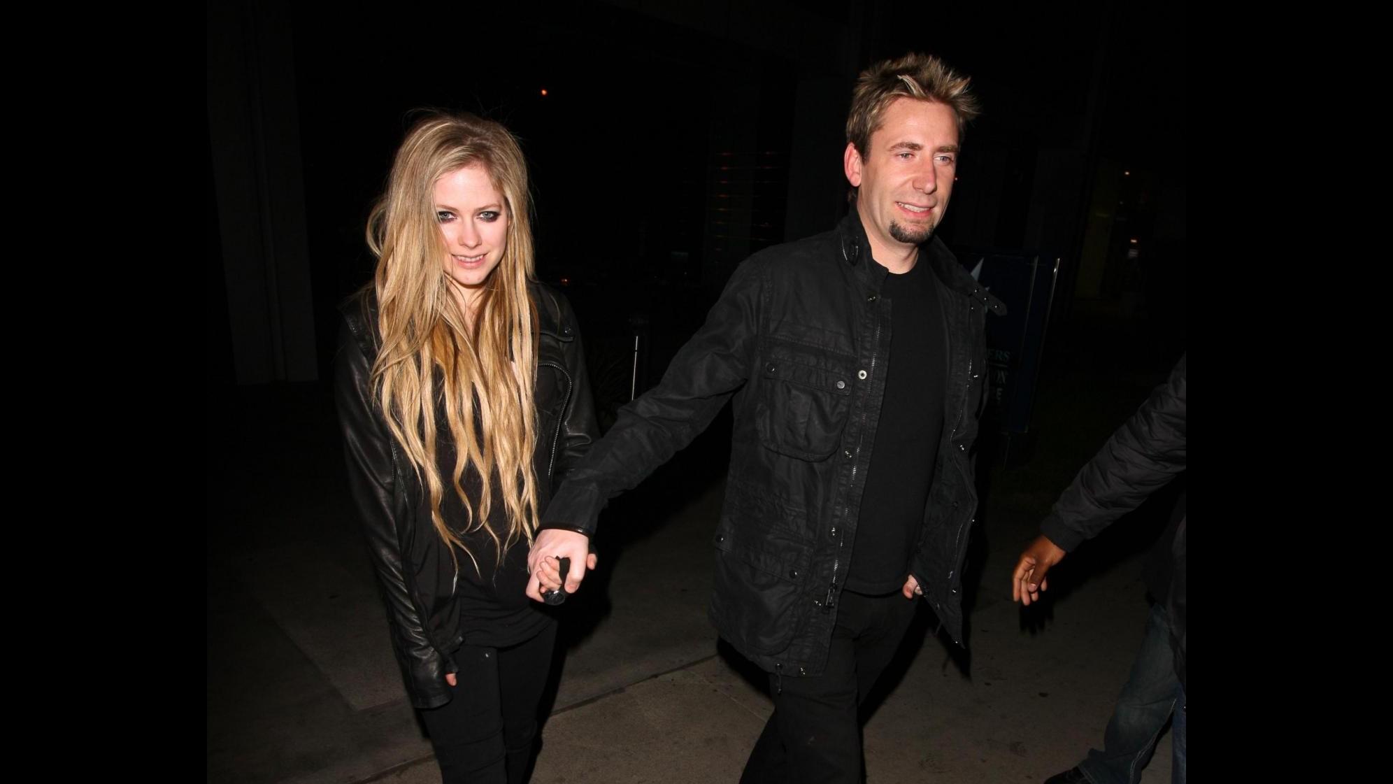Avril Lavigne sposa Chad Kroeger, matrimonio gotico in Francia