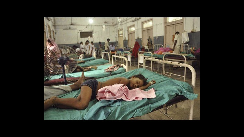 India, arrestata preside scuola per morte 23 bimbi dopo pasto mensa