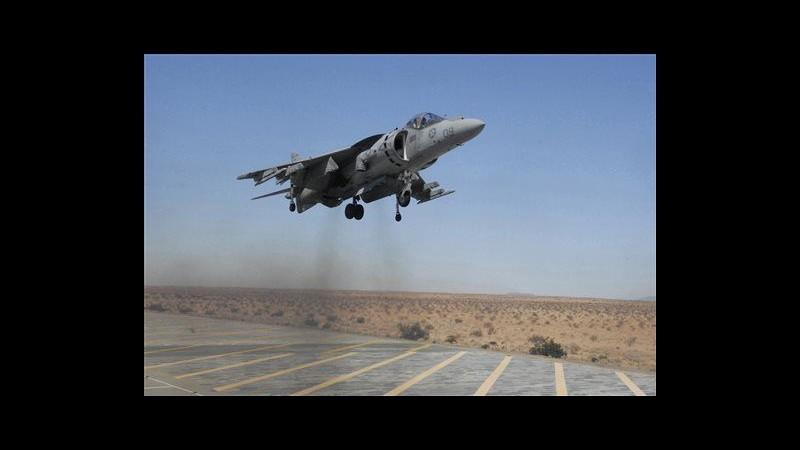 Australia, jet Usa sganciano bombe inermi su parco Grande barriera corallina