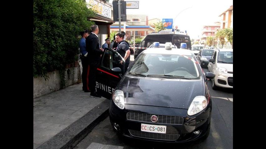 Catania, ragazza accoltellata dal padre: Stabilizzata, ma serve sangue