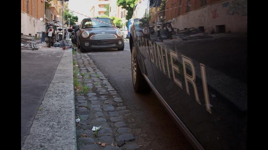 Roma, cade da impalcatura mentre lavora: muore operaio