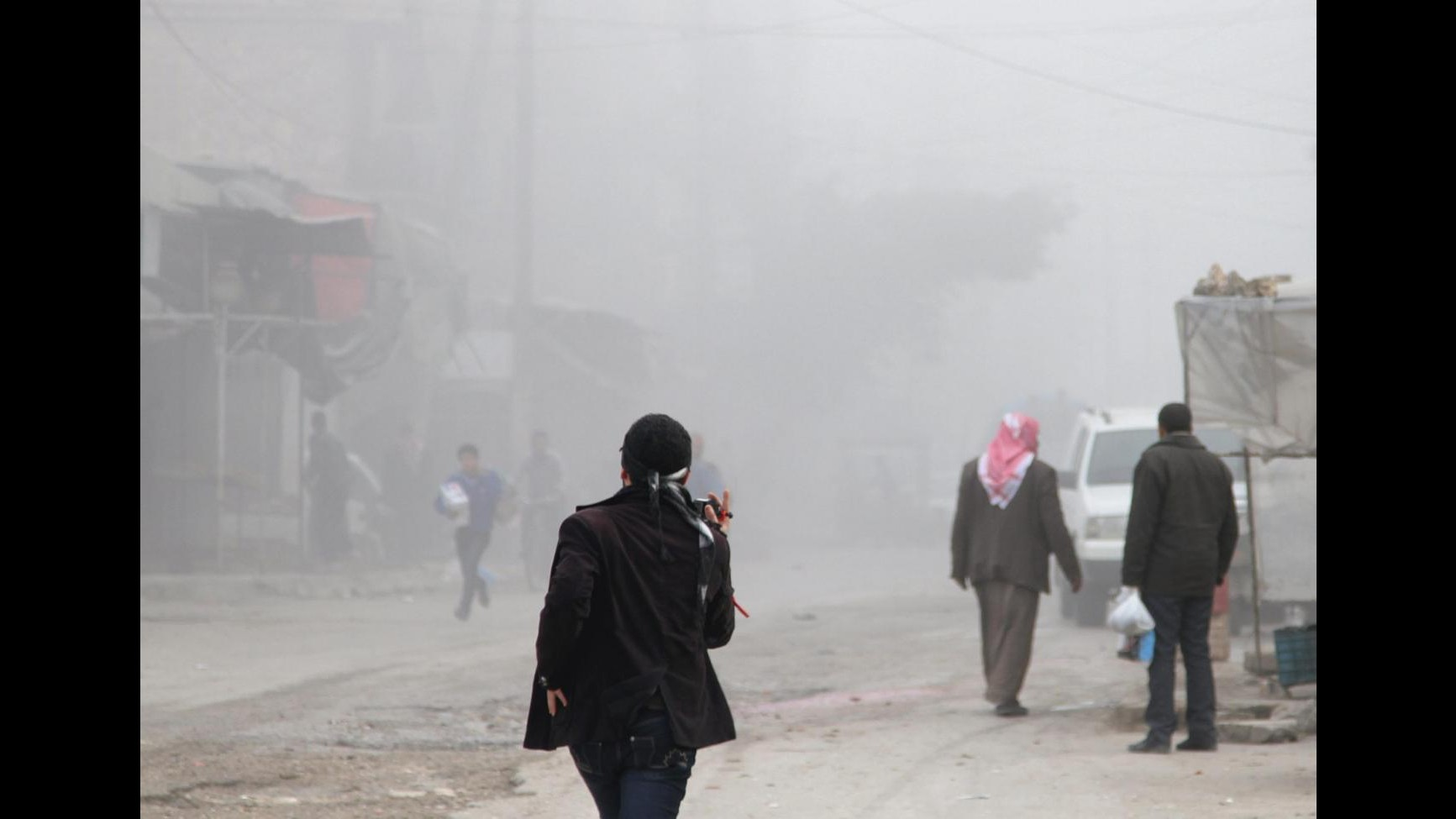 Siria, sindaco Brembate: Vicini a Vanessa e Greta con la preghiera