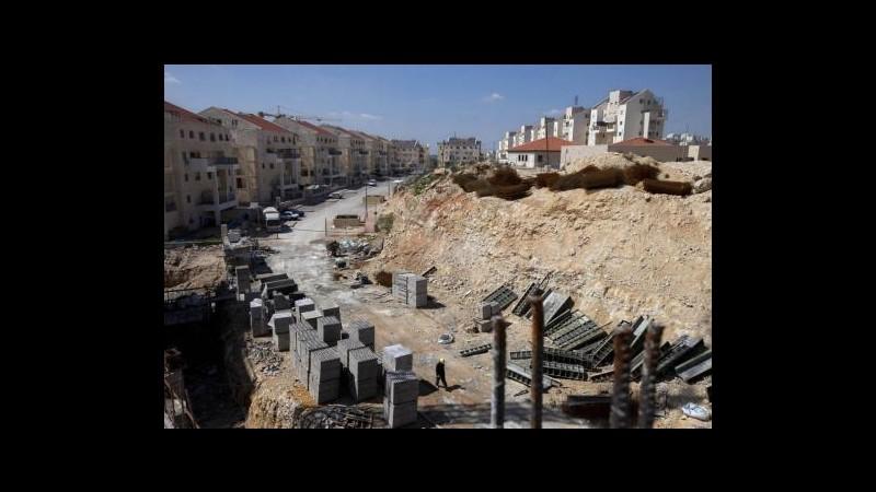 A 3 giorni da colloqui di pace  Israele approva 1.200 alloggi in colonie