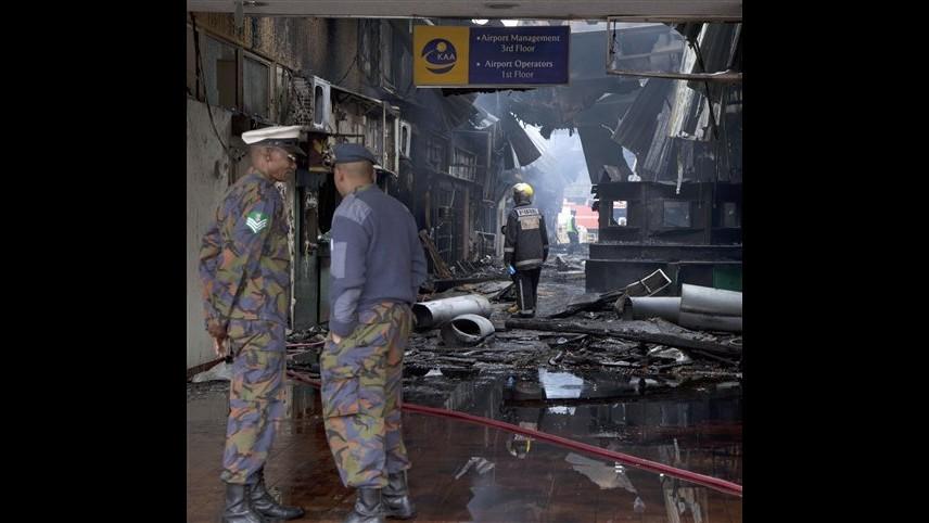 Kenya, incendio in aeroporto Nairobi: ripresi i voli internazionali