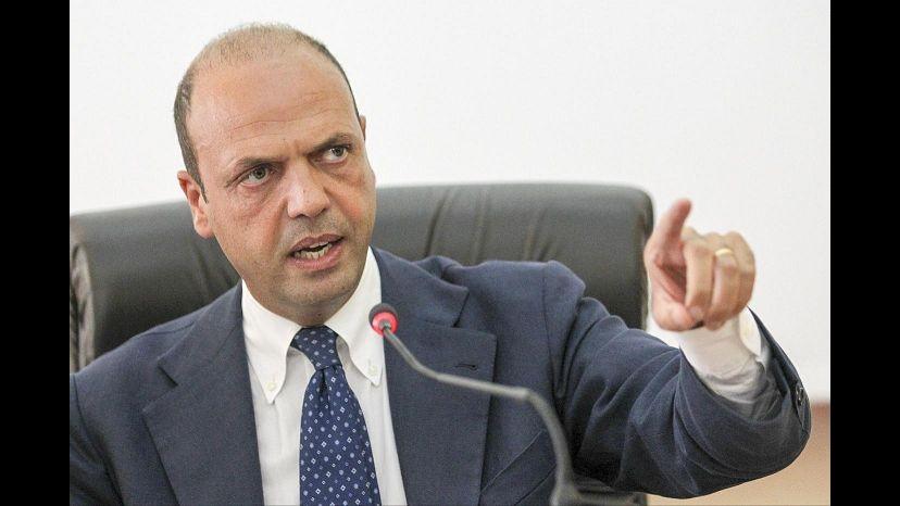 Alfano: Lotta dura alla contraffazione, proteggere made in Italy