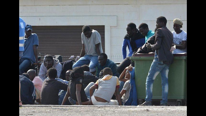 Manca permesso di soggiorno, a rischio sogno calcistico di 3 migranti