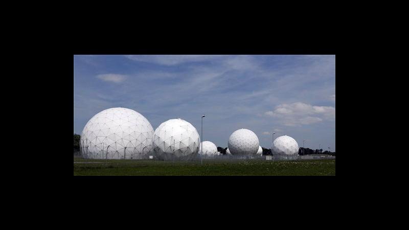 Caso Nsa, Germania cancella patto sorveglianza con Usa e Regno Unito